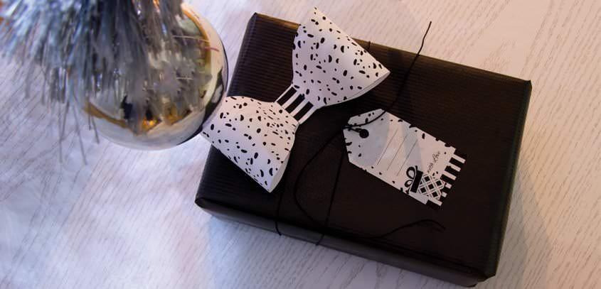 DIY: GIFT BOW AND TAG